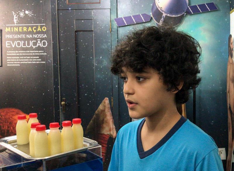 Matheus Cavalcante de Souza, de 11 anos, estudante do 5º ano, estava atento a tudo o que estava sendo explicado