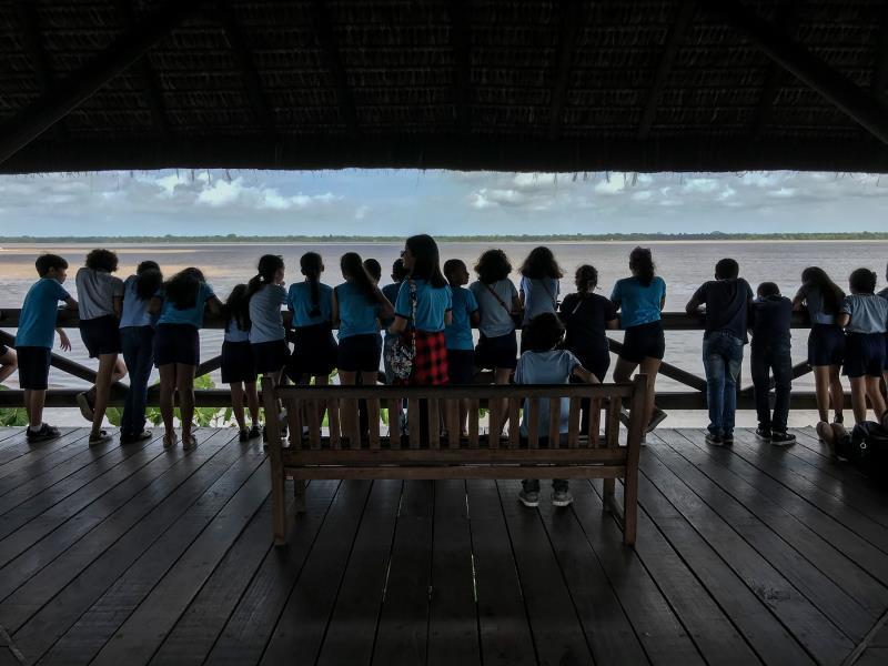 No Mangal das Garças, as crianças puderam apreciar a beleza do rio Guamá