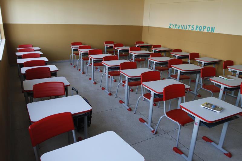 As escolas reformadas e as novas receberam mobiliário novo e funcional
