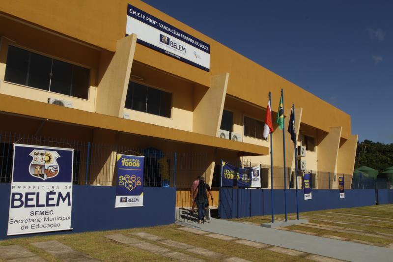 A Unidade Escolar e Espaço do Crie foram inaugurados no residencial Quinta dos Paricás, no distrito de Outeiro, em agosto de 2019