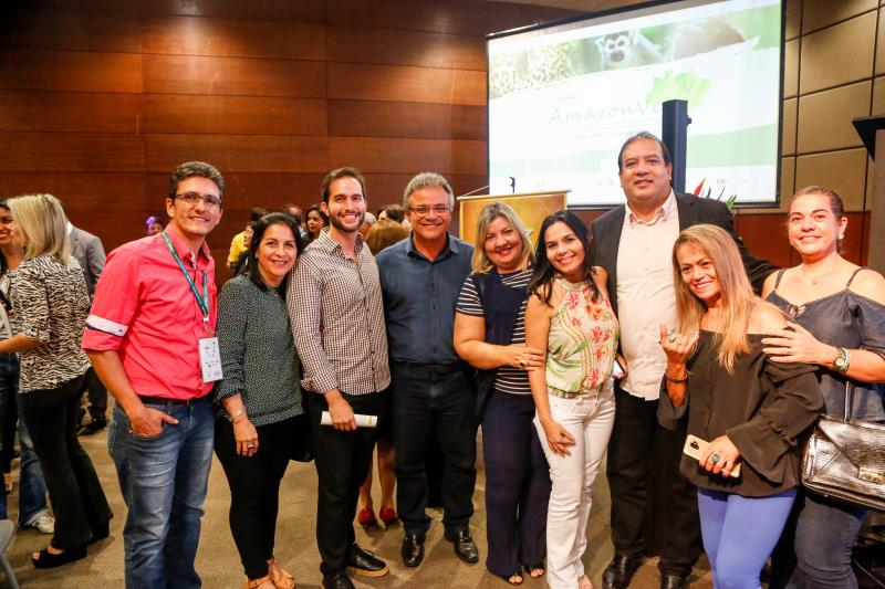 O prefeito Zenaldo Coutinho foi recebido pelas equipes da Sesma que participaram do evento