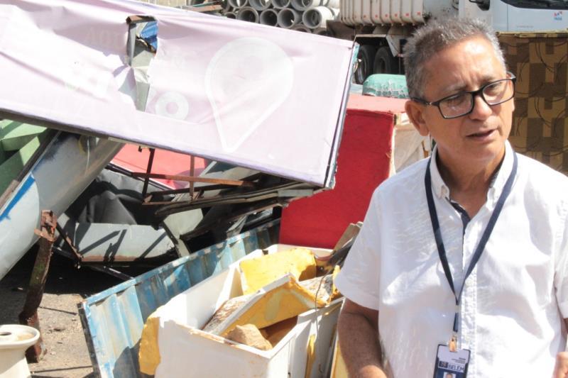 Marcus Carvalho, diretor do Dres/Sesan,avalia que falta mais consciência das pessoas para por fim ao descarte irregular de entulho.