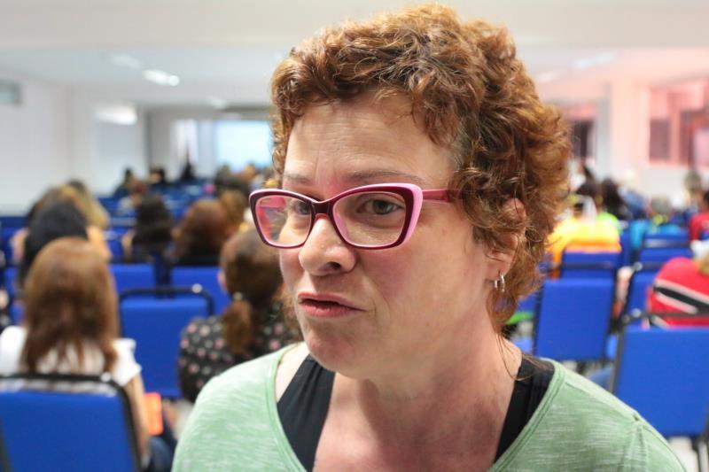 A conferência de abertura foi proferida pela professora Daniela Castilho, doutora em Serviço Social pela UFPA