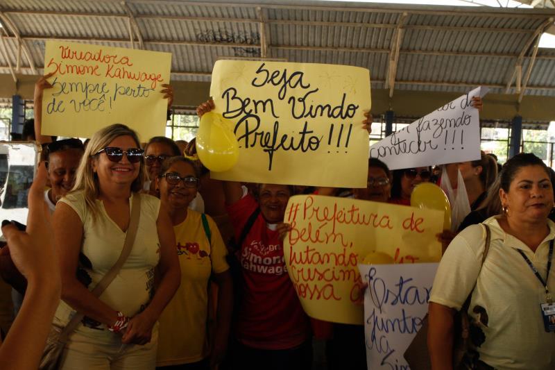 Os moradores foram sensíveis ao convite da Prefeitura de Belém e estão prestigiando o evento no bairro da Sacramenta