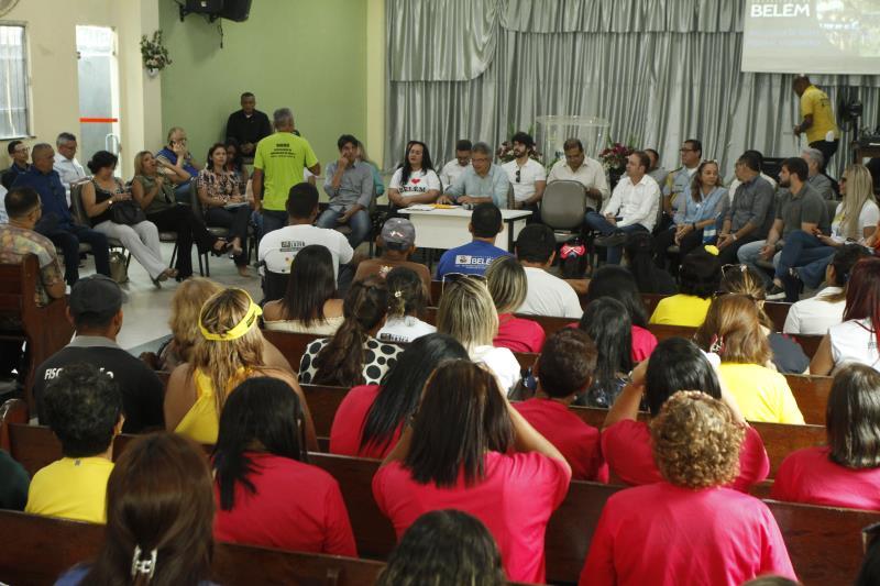 Líderes comunitários e moradores levaram as demandas deles ao prefeito Zenaldo Coutinho e gestores municipais