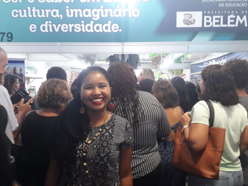 Adriene Cunha, universitária
