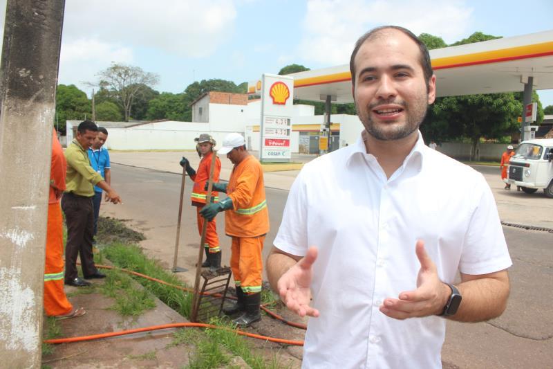 O administrador regional do Outeiro, Yan Miranda, reforça que para este momento pelo qual está passando o distrito, a Prefeitura de Belém tem investido em ações de limpeza e manutenção de vias, com a proposta de contemplar todos os bairros