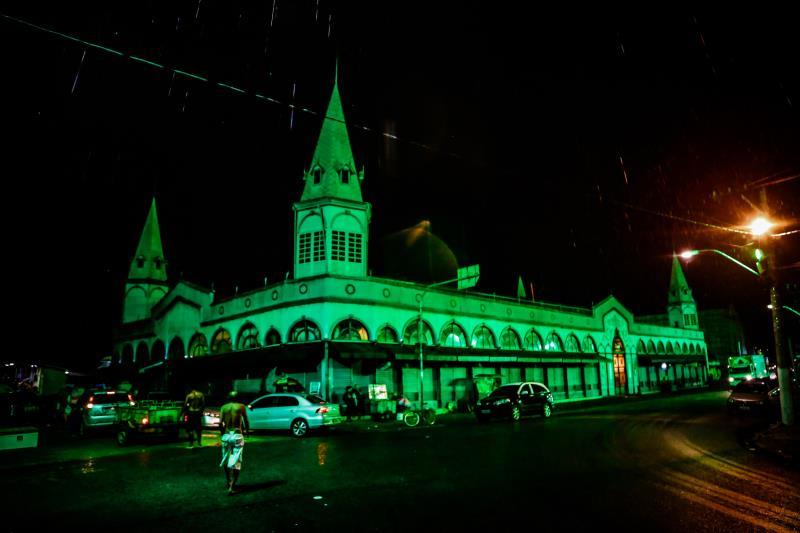 Mercado do Ver-o-Peso foi iluminado com luzes verdes para sensibilizar a população sobre a necessidade de doação de órgãos.