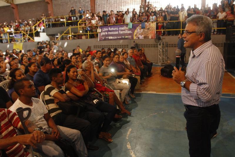 O prefeito Zenaldo Coutinho fez um alerta para os pré-selecionados não aceitem ajuda de pessoas que não sejam servidores da Prefeitura de Belém