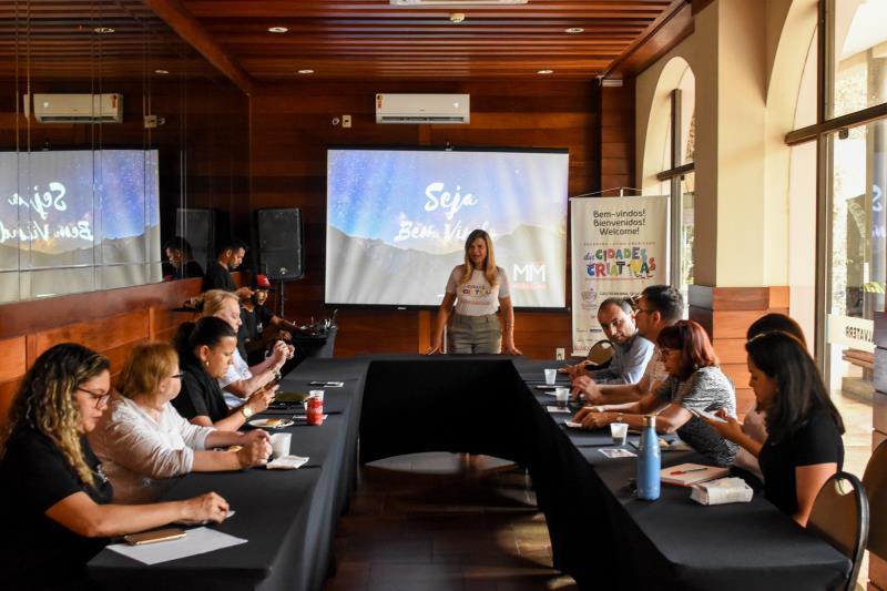 A reunião, que ocorreu no hotel Atrium Quinta de Pedras, faz parte do Encontro Latino-americano das Cidades Criativas, que ocorre entre os dias 3 e 5 de outubro, na capital paraense