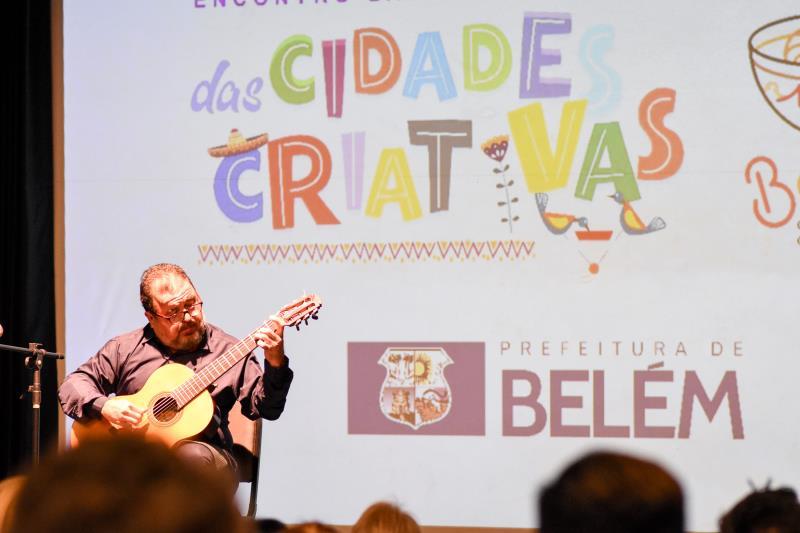 Salomão Habib se apresentou na abertura do Encontro Latino-Americano das Cidades Criativas, no auditório do Sesc Boulevard