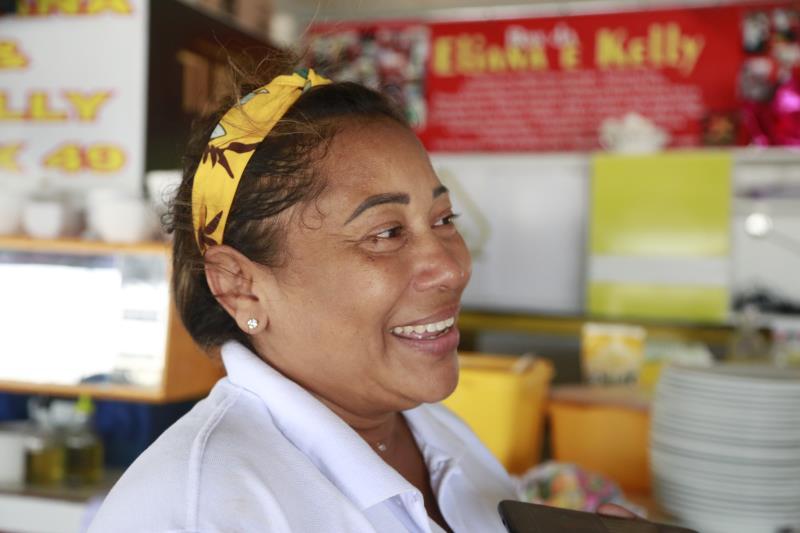 Após percorrerem os setores das ervas, frutas e o Mercado de Peixes, os participantes do Encontro conheceram as boieras do Ver-o-Peso. Eles foram recebidos na barraca da Eliana