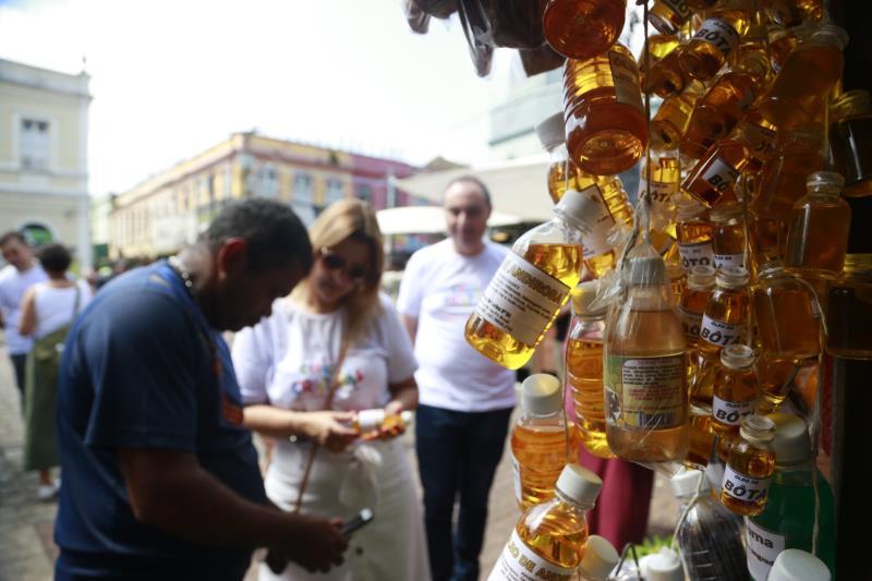Os visitantes também conheceram o setor de ervas do Ver-o-Peso