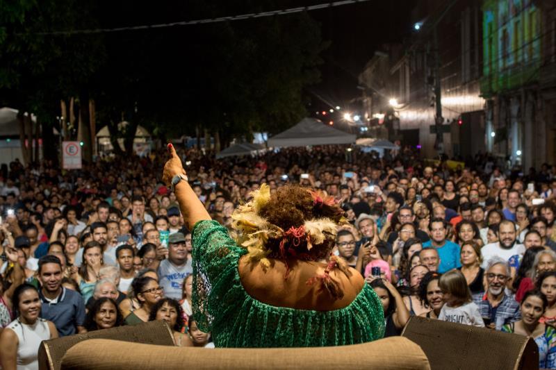 A cantora paraense foi a grande atração musical do encerramento do Encontro.
