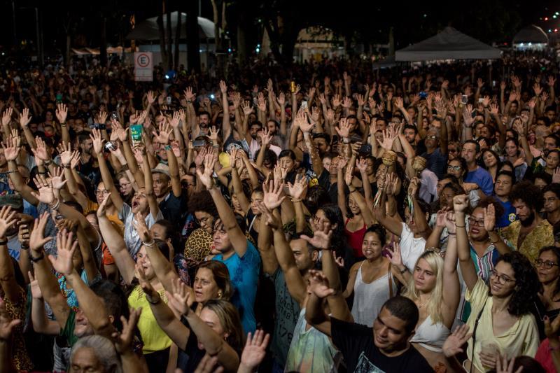 O evento atraiu um grande público para a praça dos Estivadores.