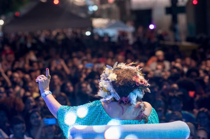 Cidades Criativas - Show Dona Onete