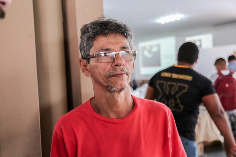 Um dos presentes no leilão foi o comerciante Antônio Souza, de 53 anos, que aproveitou para adquirir veículos por um bom preço