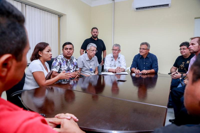 """A administradora Cassia Cardoso, representante da Vila da Barca, participou da reunião: """"Já estamos trabalhando com a comunidade para cuidarmos do espaço quando for entregue""""."""