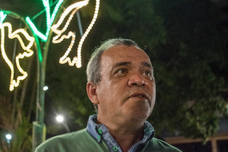 O doutorando em Desenvolvimento Sustentável, Alex Assis, de 54 anos, visita a praça todos os dias, vindo de Ananindeua para praticar caminhadas no local, porque acha agradável e o recorda da infância