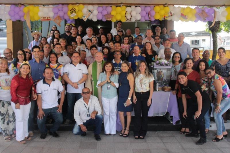 Servidores da Sesan na homenagem desta sexta-feira, 11, na primeira procissão oficial do Círio 2019.