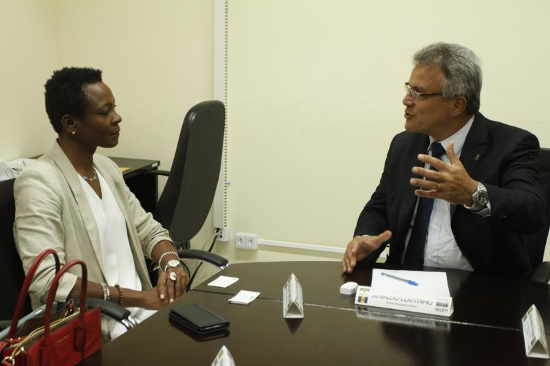 """""""Antes de tudo, preciso dizer que Belém tem me recebido com muito carinho, muito amor. Sou agradecida ao prefeito. Estou aqui para agradecer à comunidade de Barbados, que está diminuindo aqui, mas que ainda é forte"""", disse a embaixadora Tonika Thompson"""