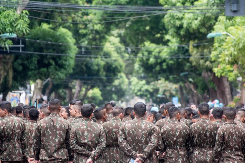 O trabalho das Forças Armadas é de grande ajuda aos que estão na procissão