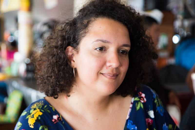 Paula Moreira, tecnóloga em alimentos e produtora cultural do Instituto Paulo Martins, conta que no dia a dia, algumas das alunas já deram depoimentos sobre as inúmeras técnicas que aprenderam e que já foram aplicadas por elas nos boxes