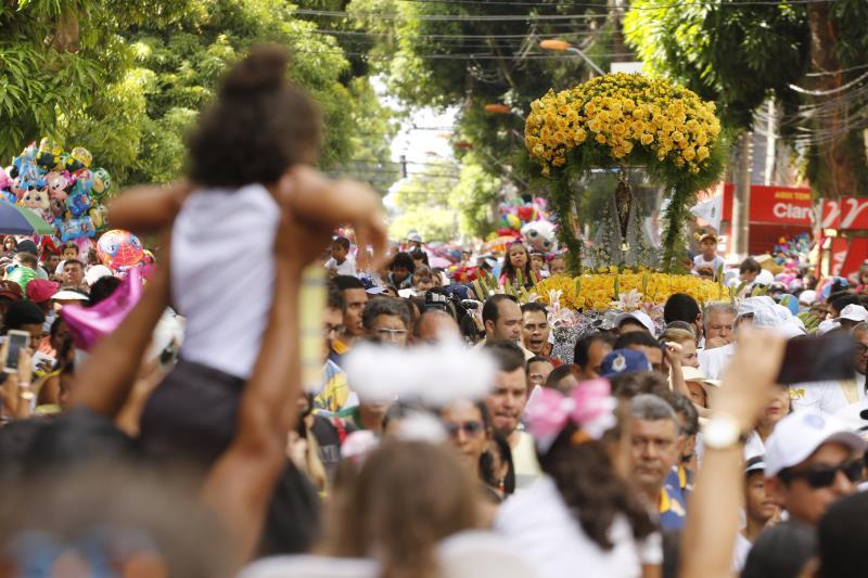 A romaria do Círio das Crianças ocorreu na manhã deste domingo, 20