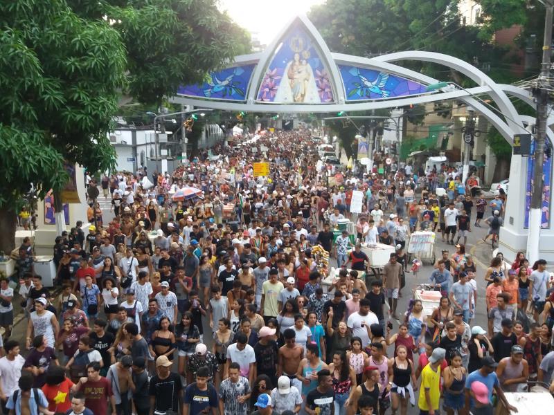 O público marcou presença na parada LGBTI, que percorreu avenidas centrais da capital paraense