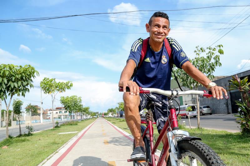 Alci Moura trabalha na Universidade Federal do Pará e usa a ciclovia da Bernardo Sayão para chegar até o emprego