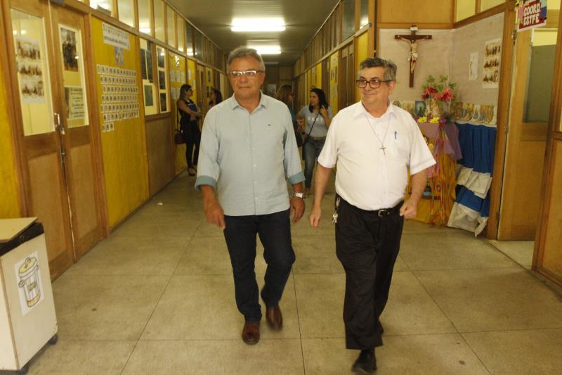 O prefeito Zenaldo foi recebido pelo padre Francisco Sadeck, diretor da Escola Salesiana