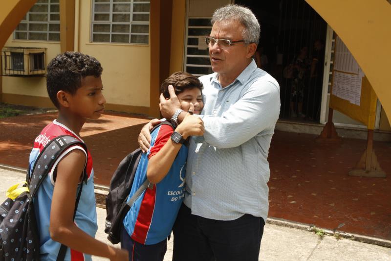 Ideia do prefeito é firmar um convênio que possibilite a formação de adolescentes atendidos pela Funpapa, além do encaminhamento ao mercado de trabalho