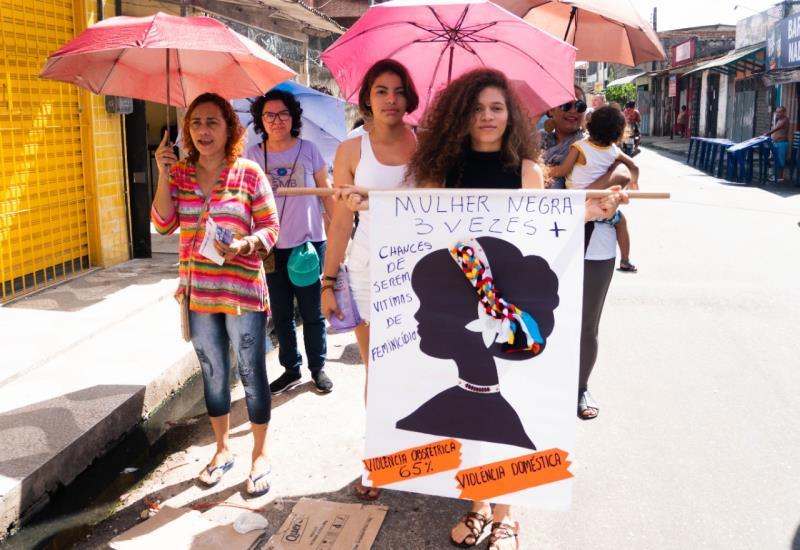 """A ação que iniciou em 2003 vem sendo realizada todos os anos pelo Grupo de Mulheres responsável pelo projeto. """"Violência contra a mulher, não é o mundo que a gente quer"""" foi o tema escolhido para o evento neste ano."""