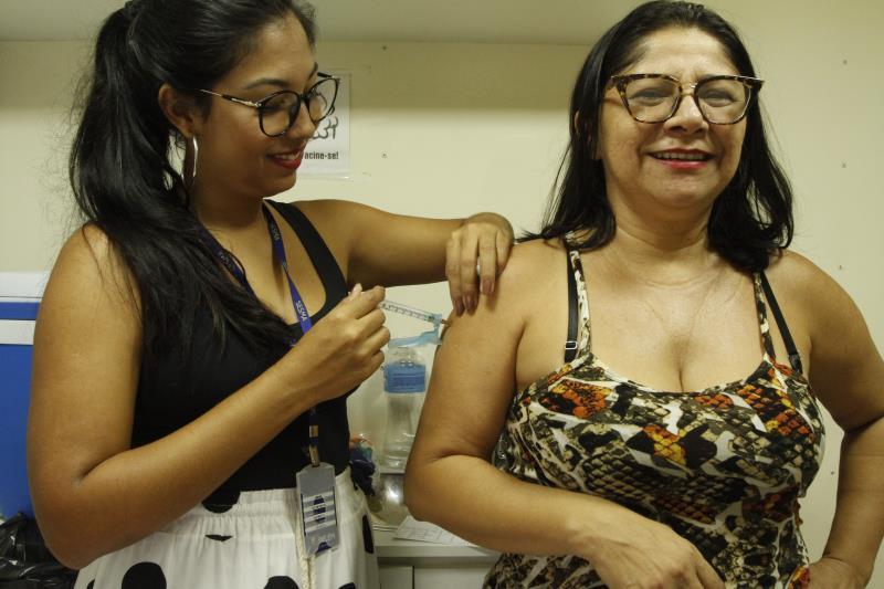 2019.11.30 - PA - Belém - Brasil: Dia D de vacinação contra o Sarampo na praça Batista Campos.