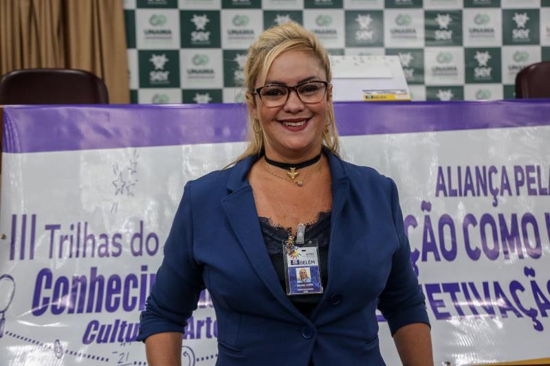 E em alusão ao Dia Internacional da Pessoa com Deficiência - comemorado nesta terça-feira, dia 3 -, a coordenadora do Crie, Denise Costa, apresentou todo o trabalho de educação especial que é desenvolvido pela Prefeitura dentro das escolas
