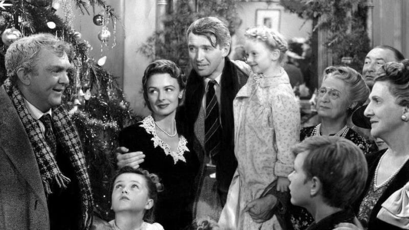 """O clássico """"A Felicidade Não Se Compra"""" mantém a tradição de ser exibido, no Cine Olympia, durante a época natalina"""