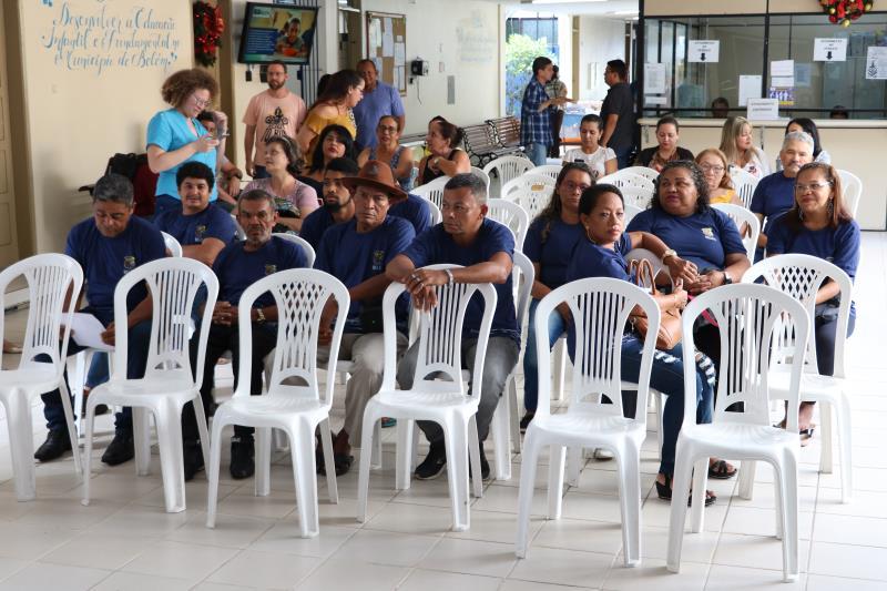 """No projeto """"Alfabetização em Movimento"""" existem 20 alunos no Mercado de Carne e Centro POP"""