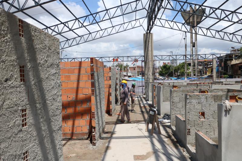 Segundo Reinaldo Leite, diretor de Obras Civis da Secretaria Municipal de Urbanismo (Seurb), responsável pela reforma, o cronograma segue dentro do esperado