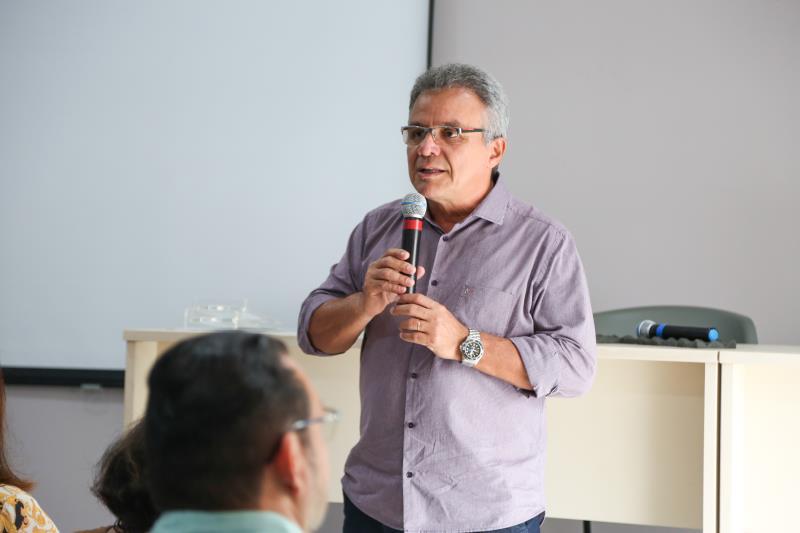 """""""O que a gente vê é que as pessoas saíram da informalidade para a empregabilidade, este é um número muito expressivo"""", disse o prefeito Zenaldo Coutinho"""