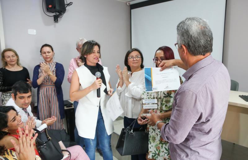 """O prefeito  Zenaldo Coutinho recebeu o título com alegria: """"Assim, verificamos que na prática temos resultados positivos recorrentes do trabalho de equipes como a do Promaben"""""""