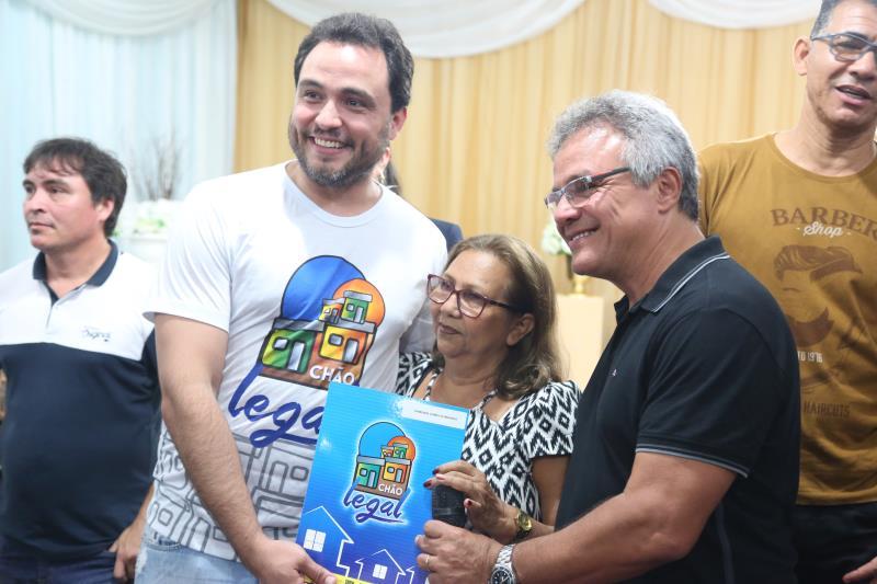 Os títulos foram entregues pelo presidente da Codem, Danilo Soares, e pelo prefeito, Zenaldo Coutinho