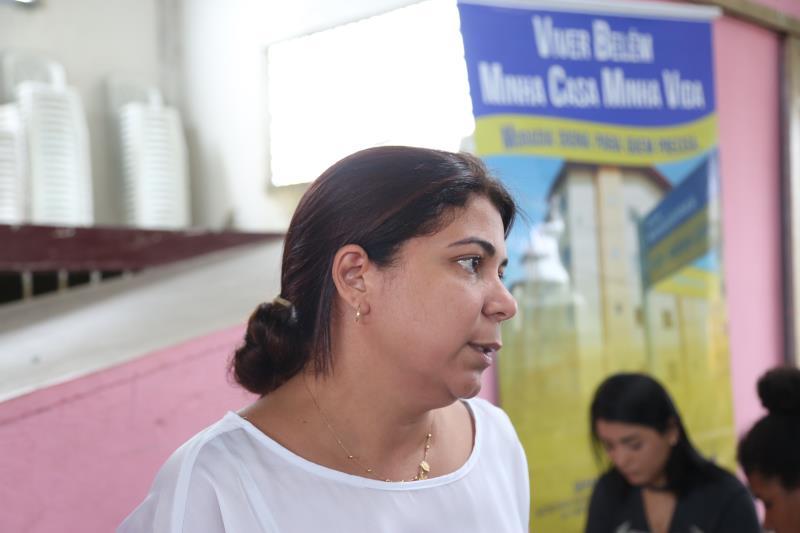"""""""A Prefeitura participou da ação com o apoio do projeto Amigos da Causa e trouxe o mutirão para realizar o cadastro dessas famílias, que se enquadram dentro do perfil e possam ficar aptas no processo"""", explicou Sheila Correa, diretora geral da Sehab"""