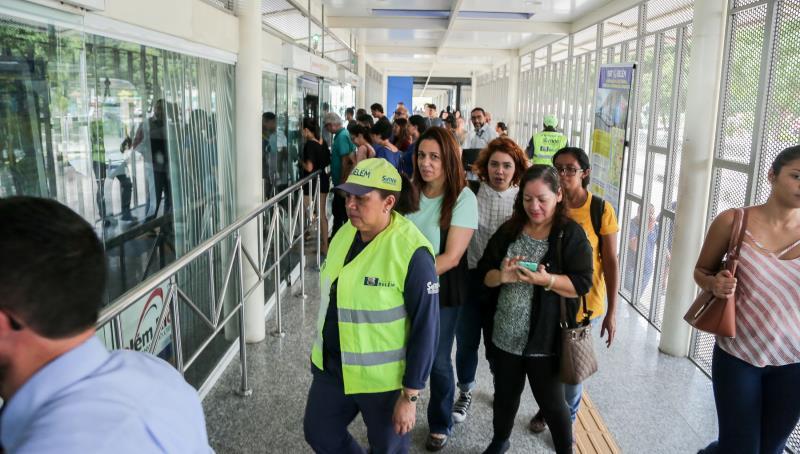 Da estação de São Brás, os técnicos seguiram para o distrito de Icoaraci, em um trecho aproximado de 20 quilômetros