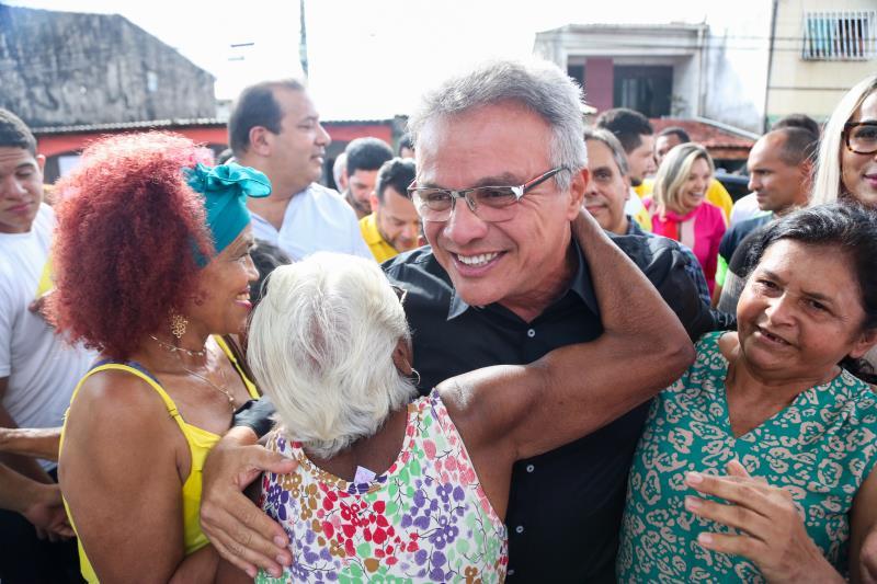População recebeu com festa o prefeito Zenaldo Coutinho