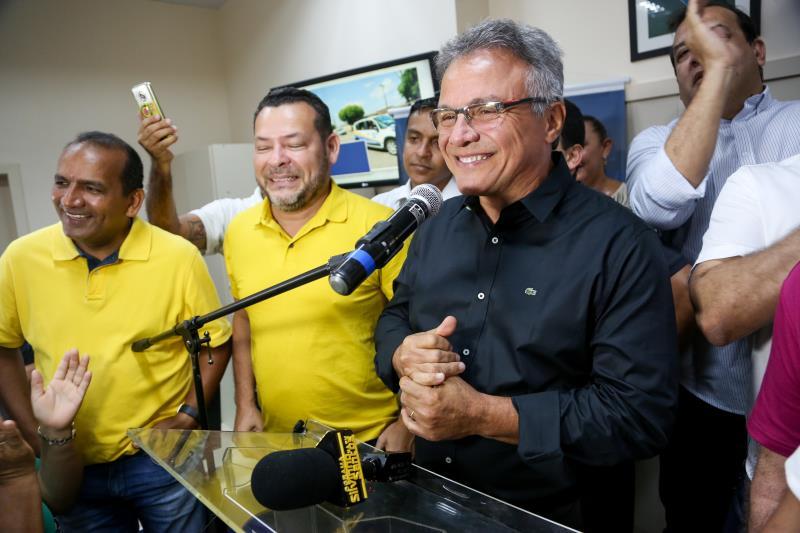 """Zenaldo agradeceu aos servidores da Sesma e de todas as secretarias e lembrou o cenário da saúde pública na cidade de Belém em 2012: """"Era um estado de guerra vivido em Belém"""""""