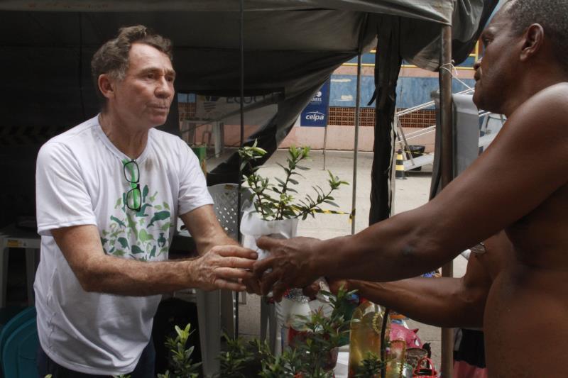 A Semma participou, durante o ano de 2019, de todas as edições do programa Prefeitura no Bairro, com várias ações, como a de doação de mudas de plantas