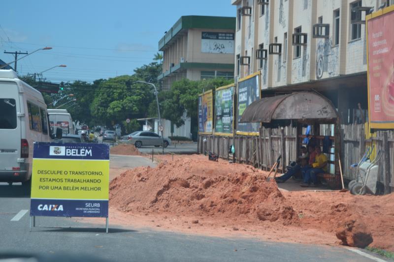 Várias ruas do distrito de Icoaraci ganharão calçadas novas.