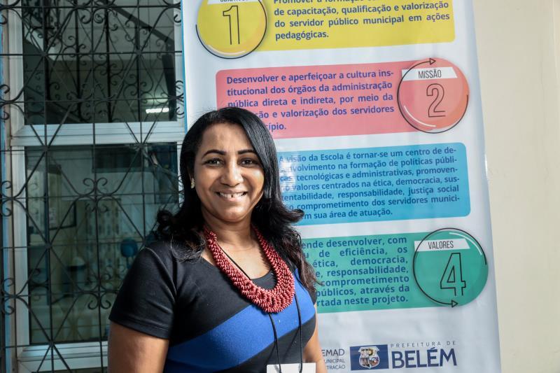 """""""Estamos começando 2020 com esse curso que é de grande importância para que os nossos servidores sejam qualificados e possam desenvolver um trabalho de qualidade para a sociedade"""", explicou Noemi Barbosa, coordenadora da EGP"""