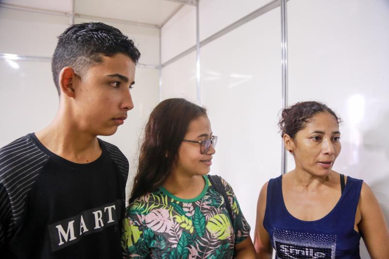Marcos Paulo palheta lima, thayssa Caroline da rosa e silvanete dos santos - Record TV nas cidades