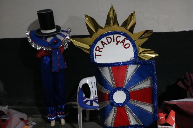 """Este ano, os """"piratianos"""" levarão à passarela do samba a resistência e o cortejo das paixões de Miguel Santa Brígida"""